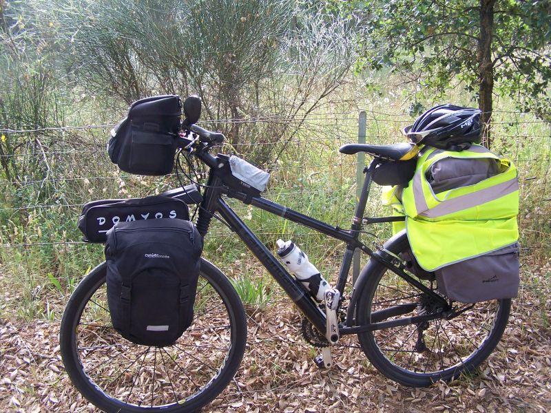 Vélo avec sacoches Cyclo-randonnée.