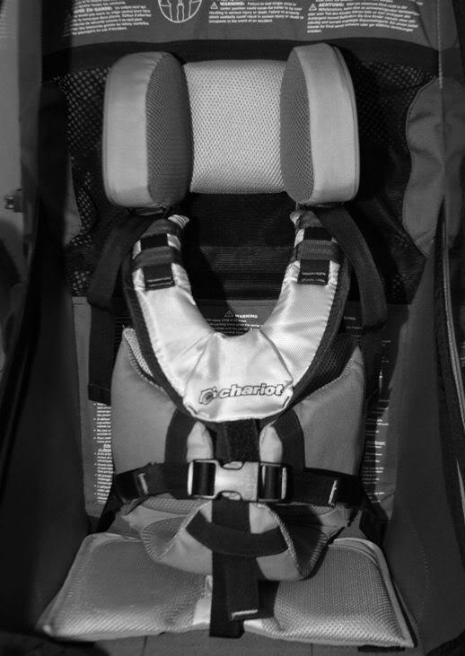 Transport d'enfant : siège enfant pour remorque Chariot.