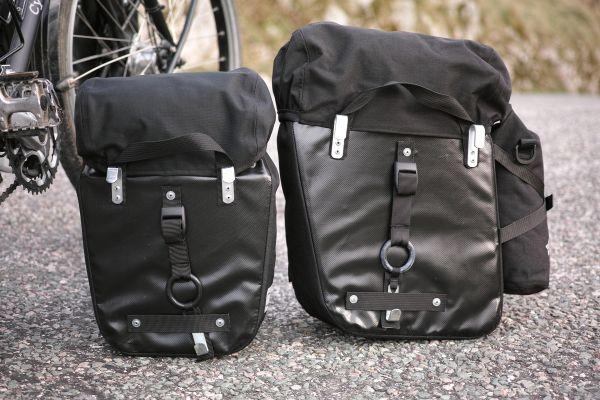 Sacoche de vélo : système de fixation.