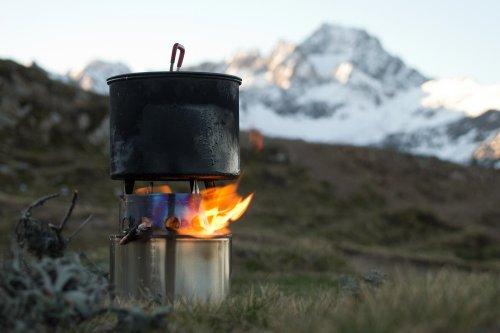 Réchaud à bois Nomadic Stove Trekker Ultra.