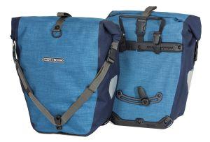 Sacoche de vélo Ortlieb Back Roller Plus de couleur bleue.