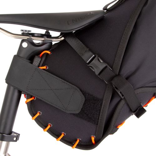 Sacoche de selle Restrap Saddle Bag.