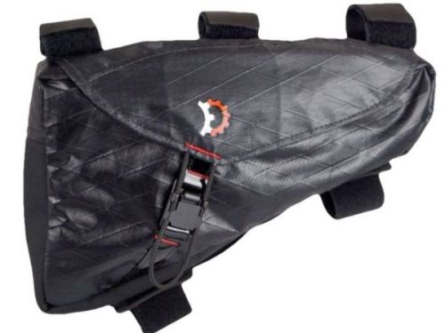 Sacoche de cadre Revelate Design Hopper Frame Bag.