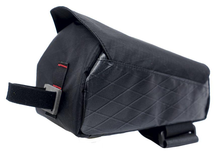 Sacoche Revelate Design Mag Tank 2000.