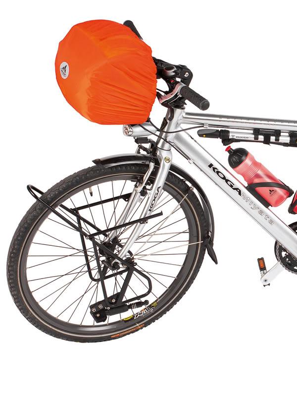 Voyage à vélo : housse étanche Vaude pour sacoche de guidon.
