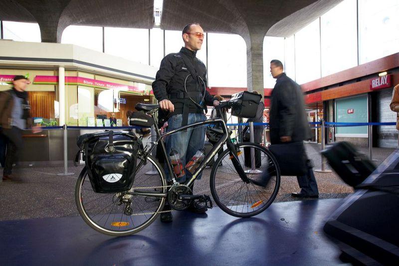 Arrivée à vélo à Copenhague, pour le sommet sur le climat de 2009.