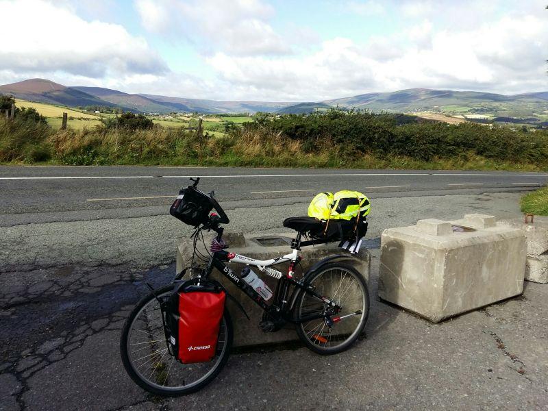 Vélo avec sacoches Crosso.